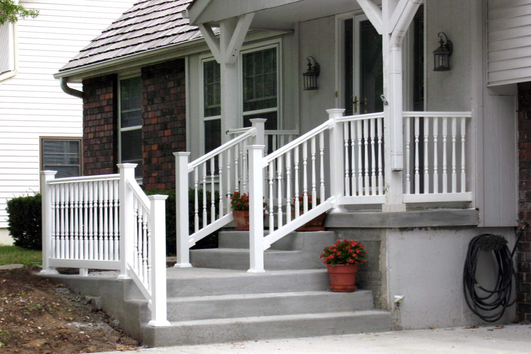 Handrail design services in Kansas City, Dave Dinkel, RoyalCraftsmen.com, Repair and Installation